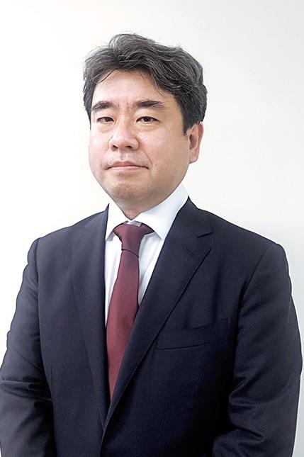 常勤監査役 関 大地(公認会計士)